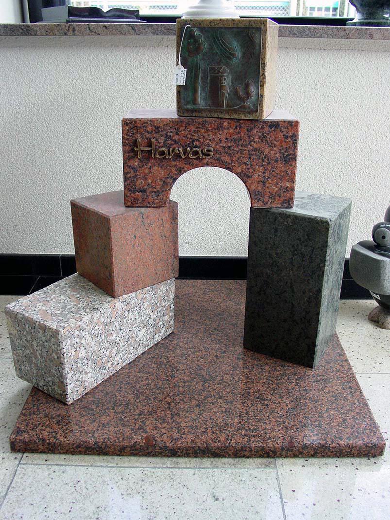 Kindergraf grafzerk natuursteen granietsoorten K004