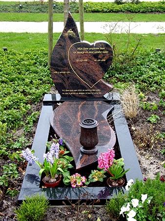 Harvas voor een totaal assortiment grafmonumenten,-grafstenen of een gedenksteen E032
