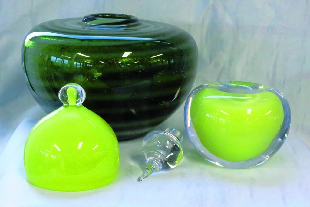 urnen glas geblazen in Leerdam UB017