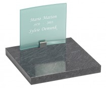 urnenmonument graniet en melkglas UB042
